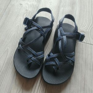 (8) Chaco Sandals!